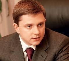 В ЦИК титушки Олеся Довгого напали на Олега Долгого