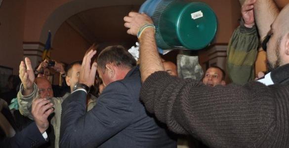 У прокуратурі Дніпропетровщини напад на Федика назвали актом вандалізму