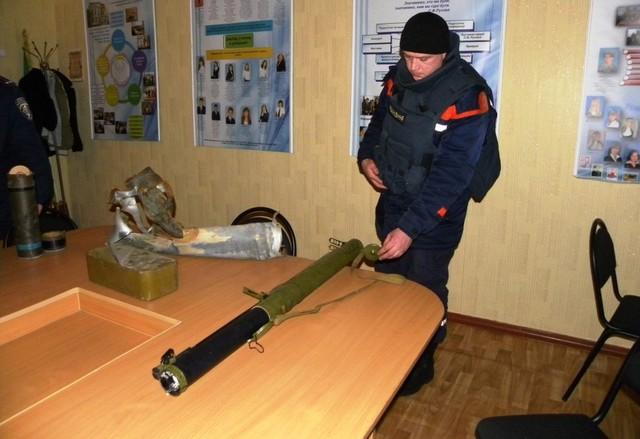 В школе сработал подаренный волонтером противотанковый гранатомет. Есть жертвы