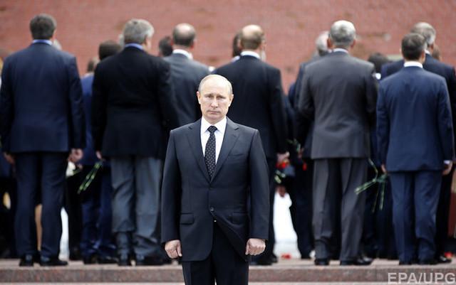 Под кремлевским ковром обостряется драка бульдогов. Дмитрий Орешкин – о том, что происходит в Кремле