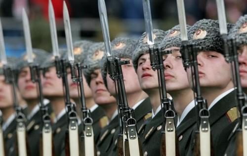В России армия слабеет синхронно с экономикой и Путиным - The Week