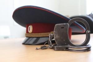 Суд оставил на свободе двух майоров-взяточников, лишив званий