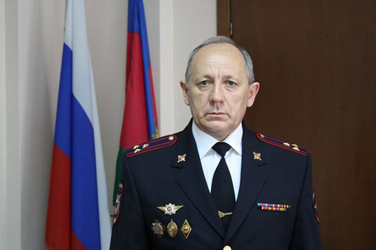 Экс-начальника УВД по ЗАО Москвы будут судить за крупные взятки на сумму 15 млн рублей