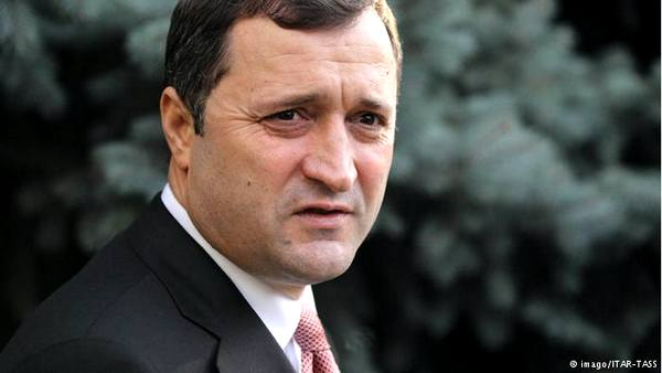 Бывший премьер Молдовы приговорен к 9 годам лишения свободы
