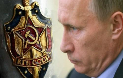 Агонизирующий Путин повторяет в России андроповщину