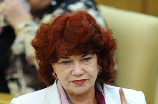 Коммунист Тамара Плетнева надеется продолжить коррупционный бизнес в новой Госдуме