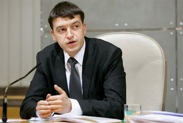 Как глава Соломенской РГА Максим Шкуро регулярно врет депутатам Киевсовета