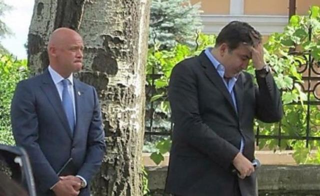 """Труханов назвал Сaaкашвили """"политическим мусором и тяжело больным"""""""