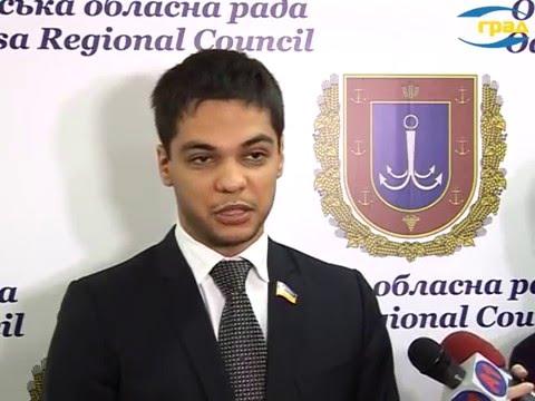 Депутат Виктор Баранский так и не нашел ответа на вопрос, за какие деньги он содержит свой благотворительный фонд