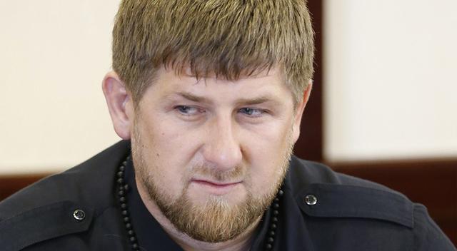 """Кадыров жестко поиздевался над """"больным"""" Сурковым в соцсетях"""