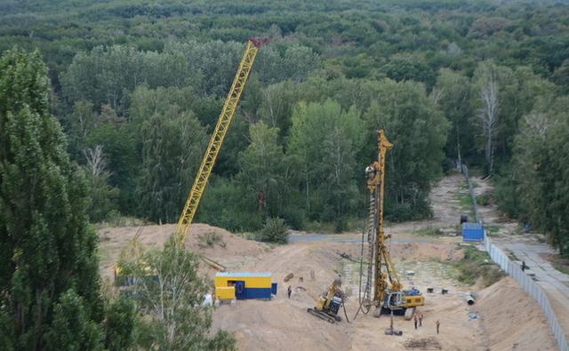 Как активисты воюют с СБУ за Голосеевский лес