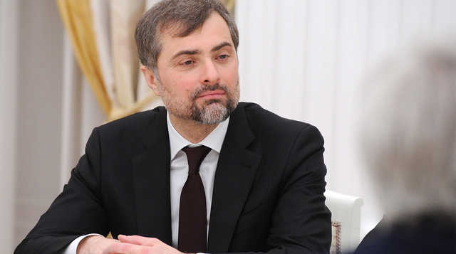 Философ Андрей Ашкеров объясняет Владиславу Суркову, почему Россия — не Америка