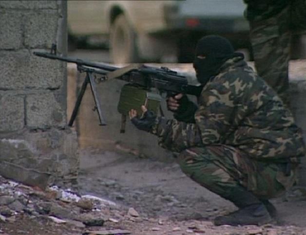 Дома Ямадаевых в Гудермесе штурмуют сотни «бойцов Кадырова»