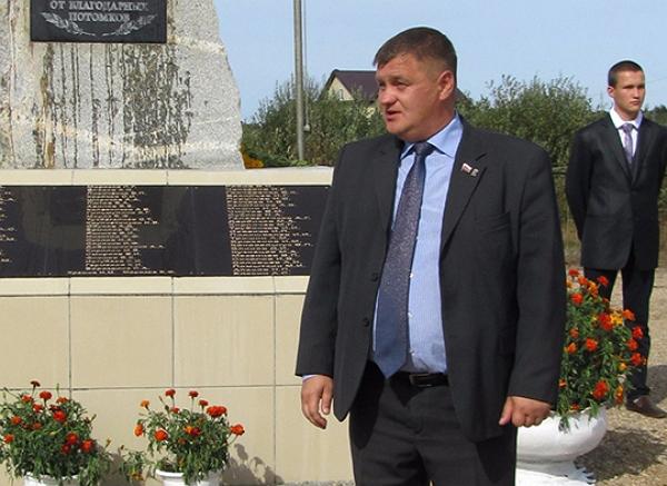 Директор кладбищ обогнал фаворита Носова и стал главой Горноуральского округа
