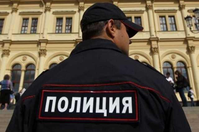 В управляющих компаниях двух районов Петербурга прошли обыски