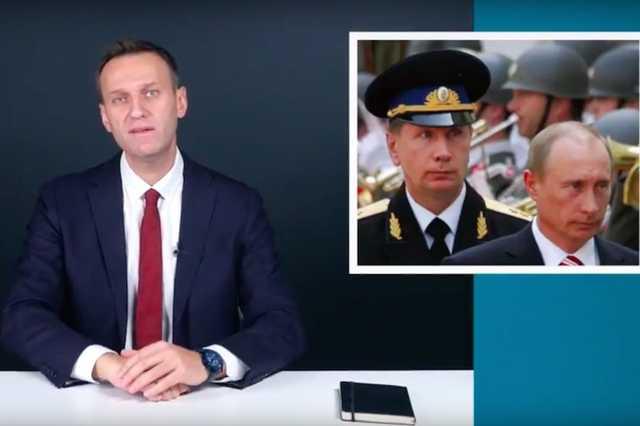 «Вид дуэли и оружие выбирает тот, кого вызывали»: Навальный принял вызов Золотова на дуэль