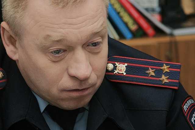 Экс-замглавы ГУ МВД по Свердловской области заподозрили во взятке, связанной с подготовкой покушения на Евгения Ройзмана