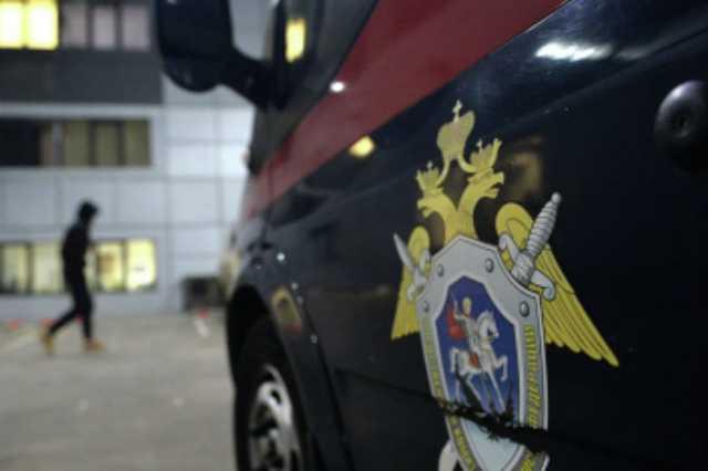 На севере Москвы нашли тела женщины и подростка с ножевыми ранениями