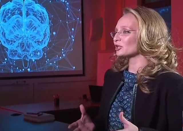 Дочь Путина показали по ТВ — видео