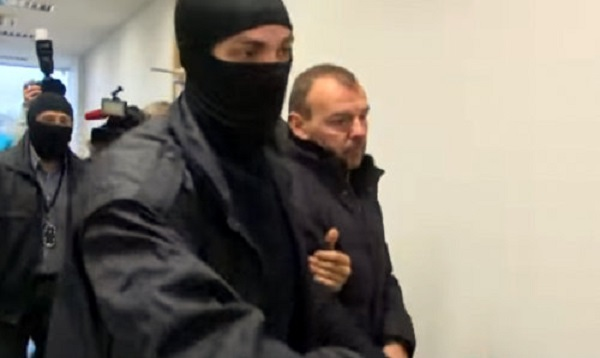 Дело о взятке в Rīgas satiksme: супруга арестованного занимает руководящую должность в Министерстве юстиции