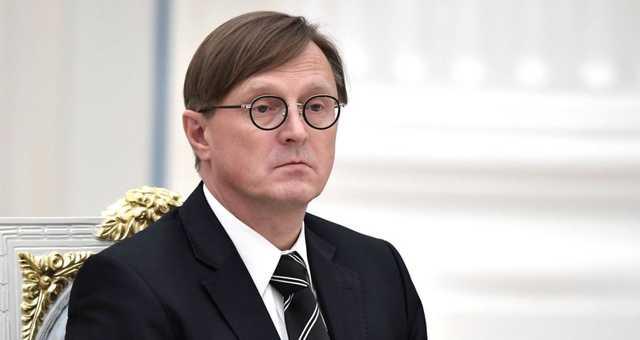 Судья Конституционного суда выступил против изоляции России от мира