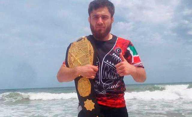 Gelandewagen, протаранивший «Ниву» на Можайском, принадлежит чемпиону мира в ММА Рахману Дудаеву