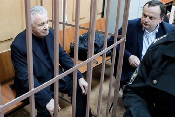 За что расплачивается бывший губернатор Хабаровского края Виктор Ишаев