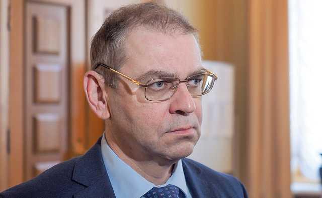 Пашинский с семьей уехал из Украины — источник
