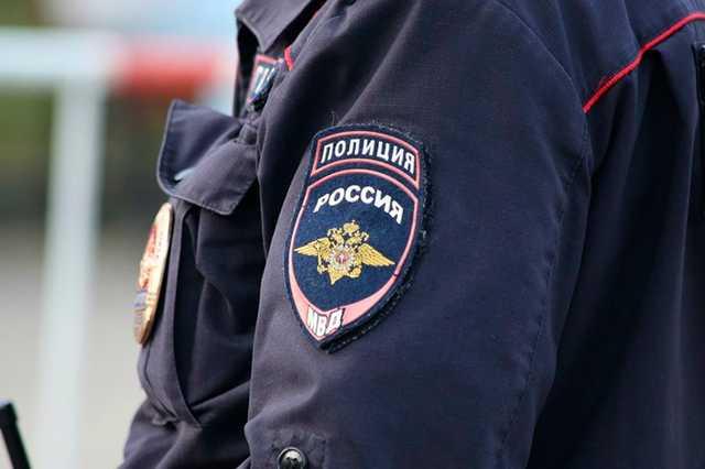 Педофил изнасиловал школьницу в подъезде на юго-западе Москвы