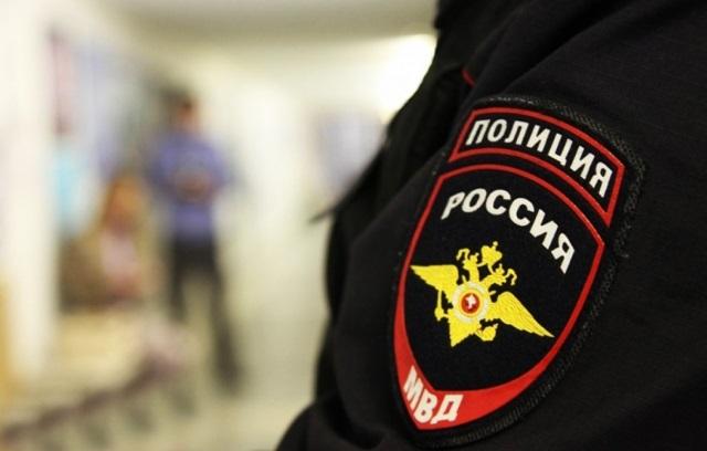 В Приморье полицейские устроили драку после застолья на День следователя